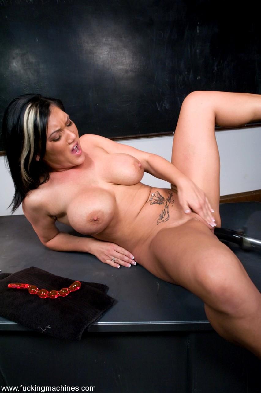 Naked hot kansas girls