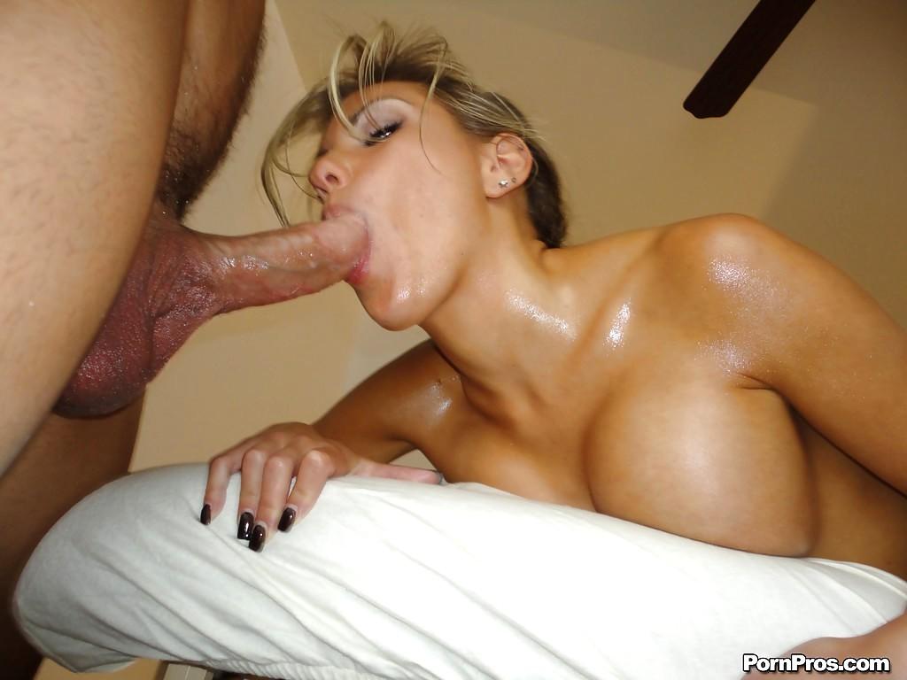Massage blowjob uk