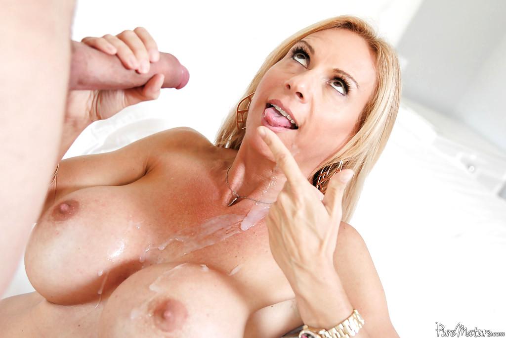 Jamaican women big tits