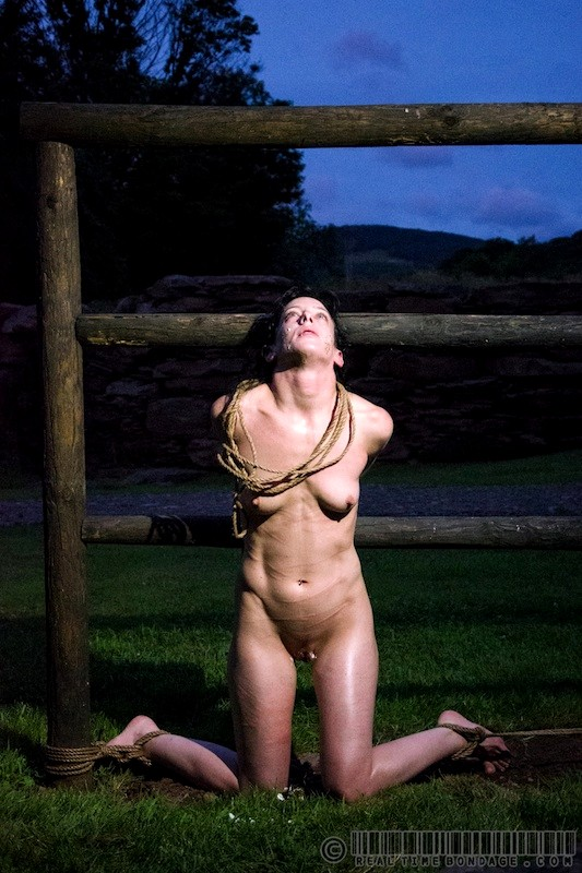 Ttt Pornpics Realtimebondage Elise Graves Dixon Mason Grannysexhd Skirt -4403
