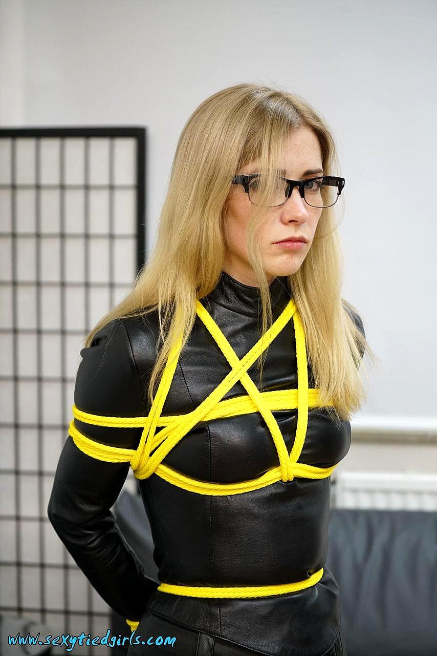 model gabe tied up