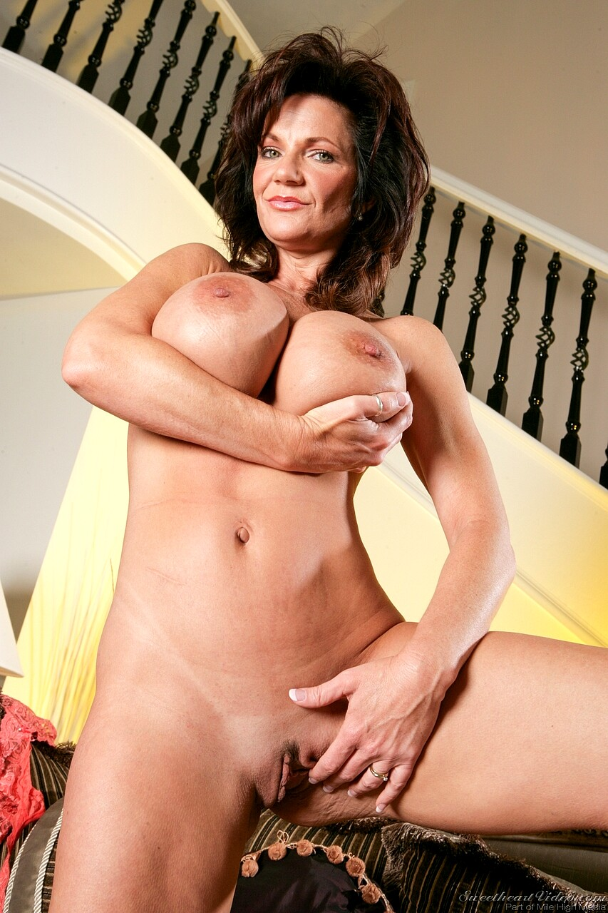 sophia loren nude playboy