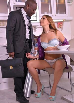 Maid Lust Hero