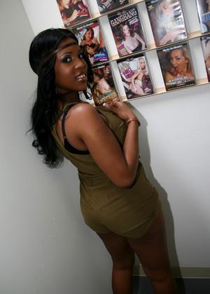 Ebony porno mobi