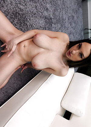 Dylann Vox Nude